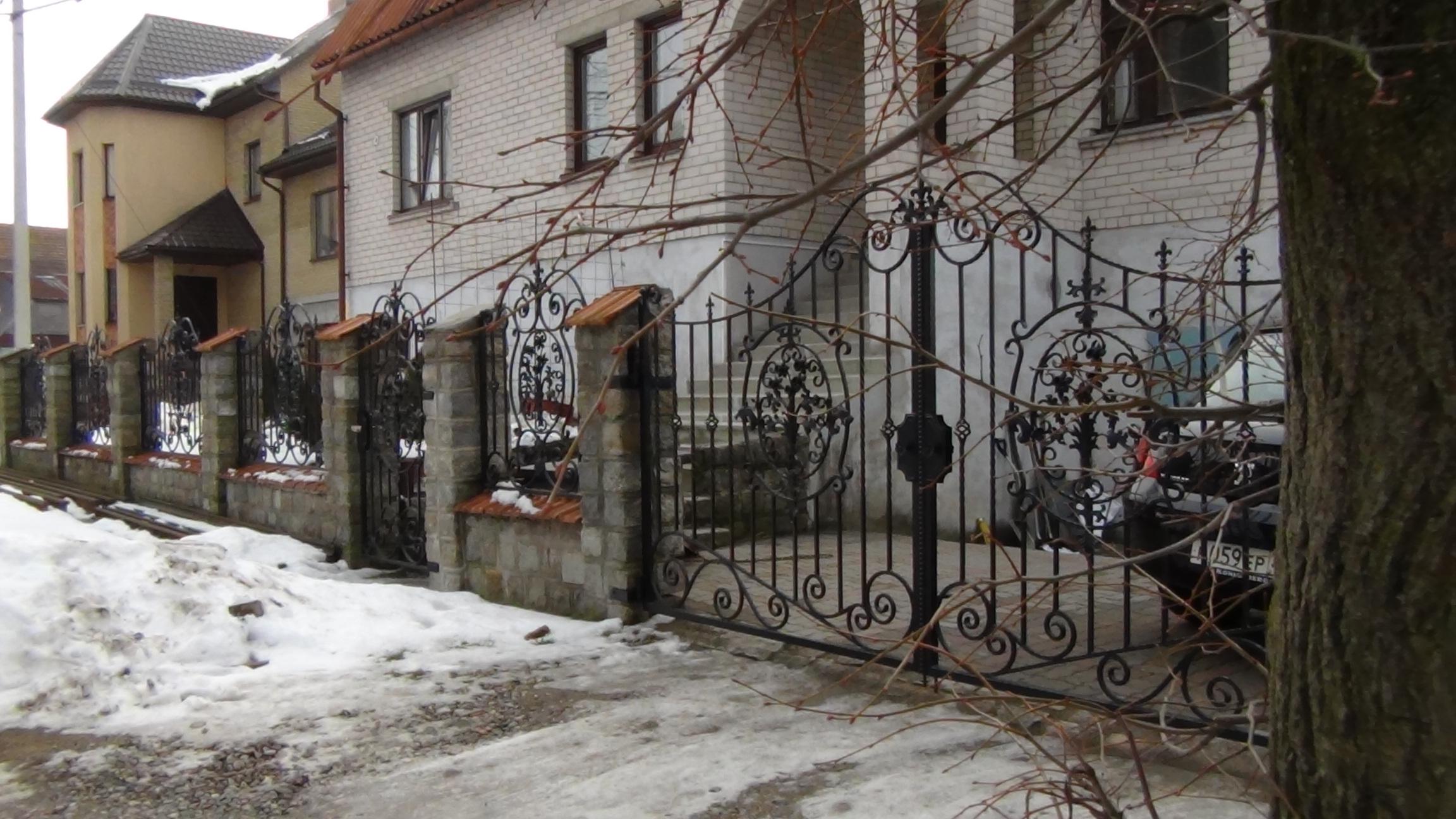 Забор и ворота