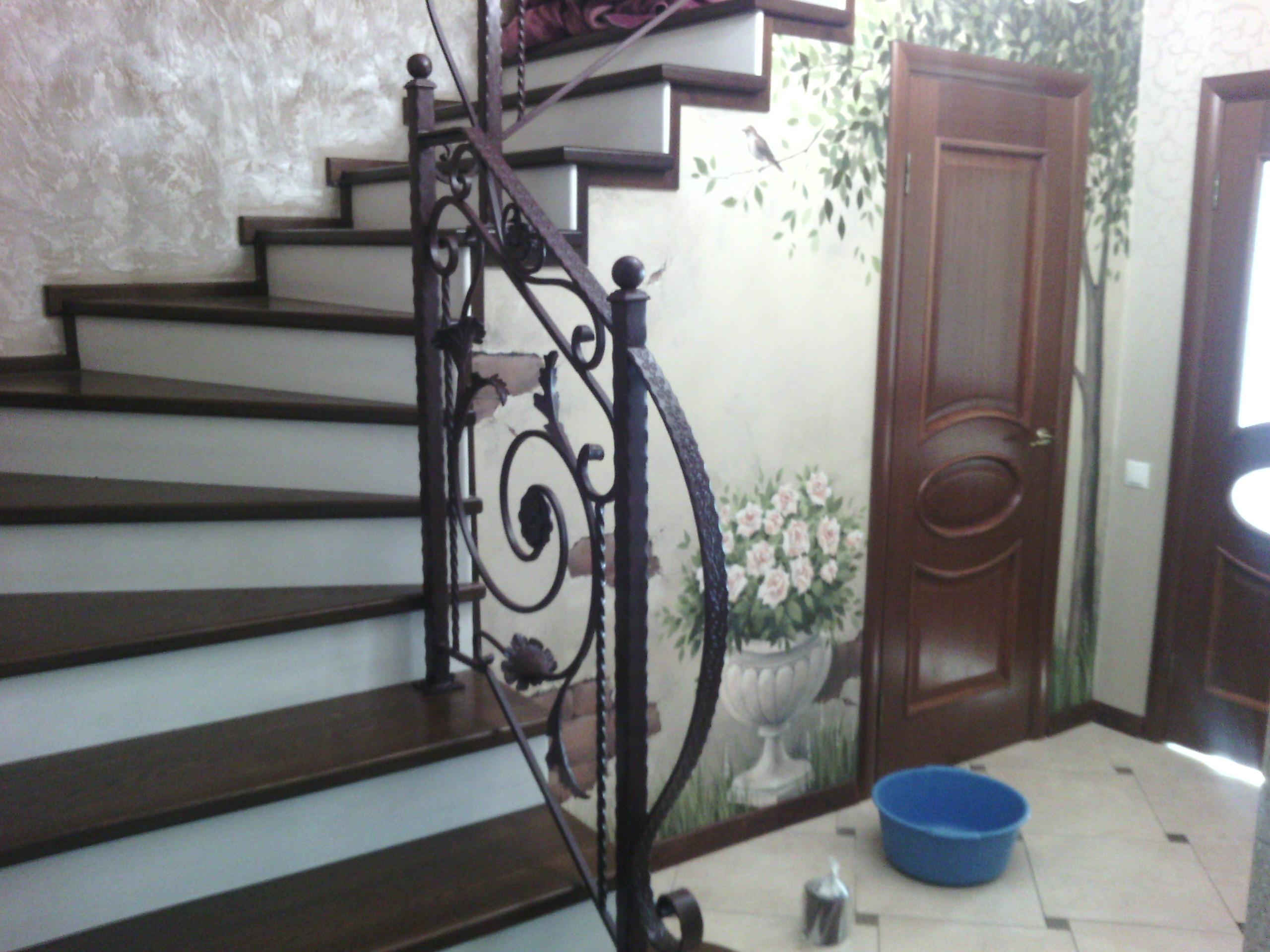 кованая лестница. арт